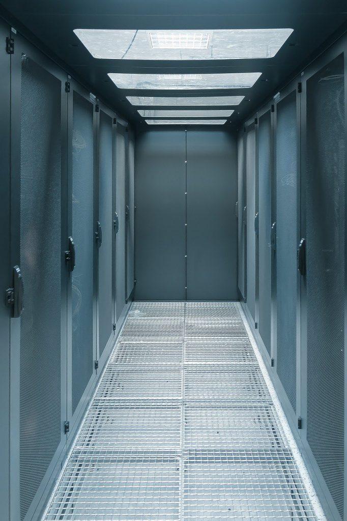 server, cyberspace, data-2784908.jpg